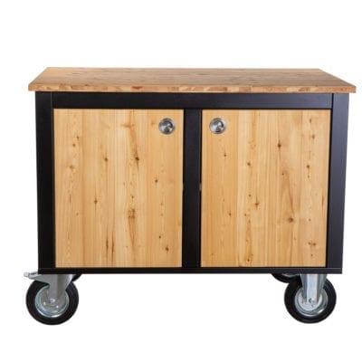 Merklinger Holzbackofen Grill Pizzaofen Brotbackofen mobiler Seitentisch mit Holz und zwei geschlossenen Türen