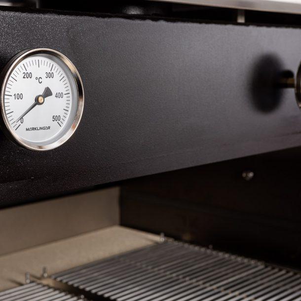 merklinger-holzbackofen-grill-pizzaofen-brotbackofen-1200-vorne-tuere-auf-zoom-6