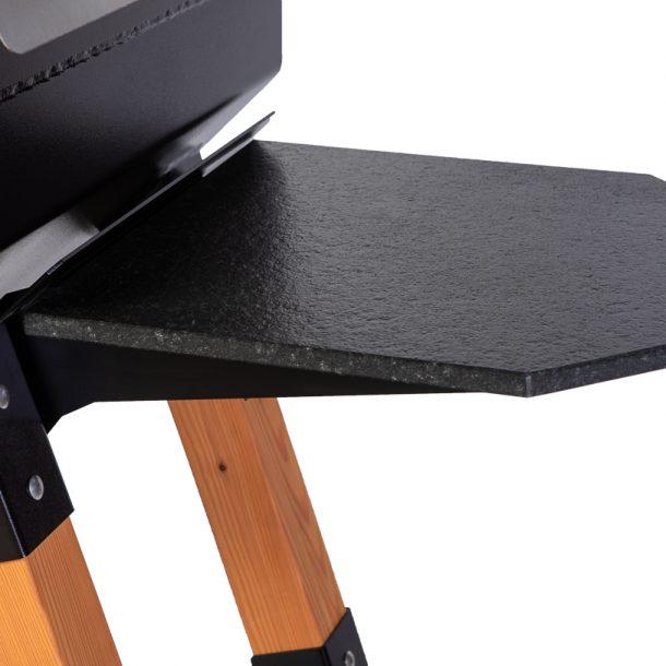 Merklinger Holzbackofen Grill Pizzaofen Brotbackofen 800 mit Seitentisch aus Granit Nahansicht