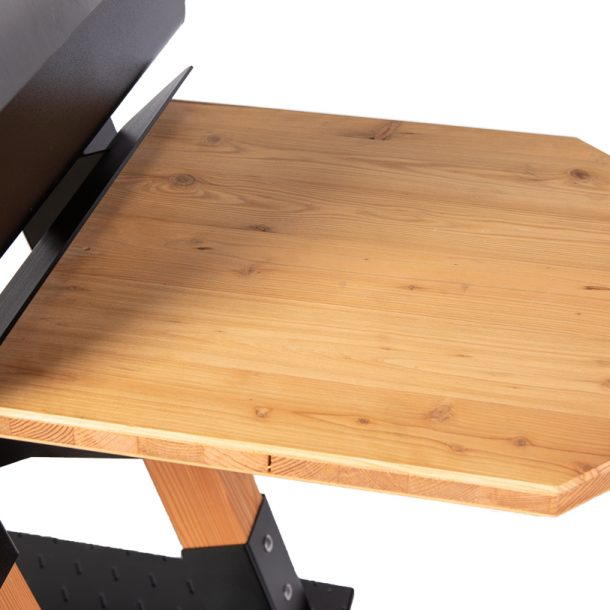 Merklinger Holzbackofen Grill Pizzaofen Brotbackofen 800 mit Seitentisch aus Holz Nahansicht